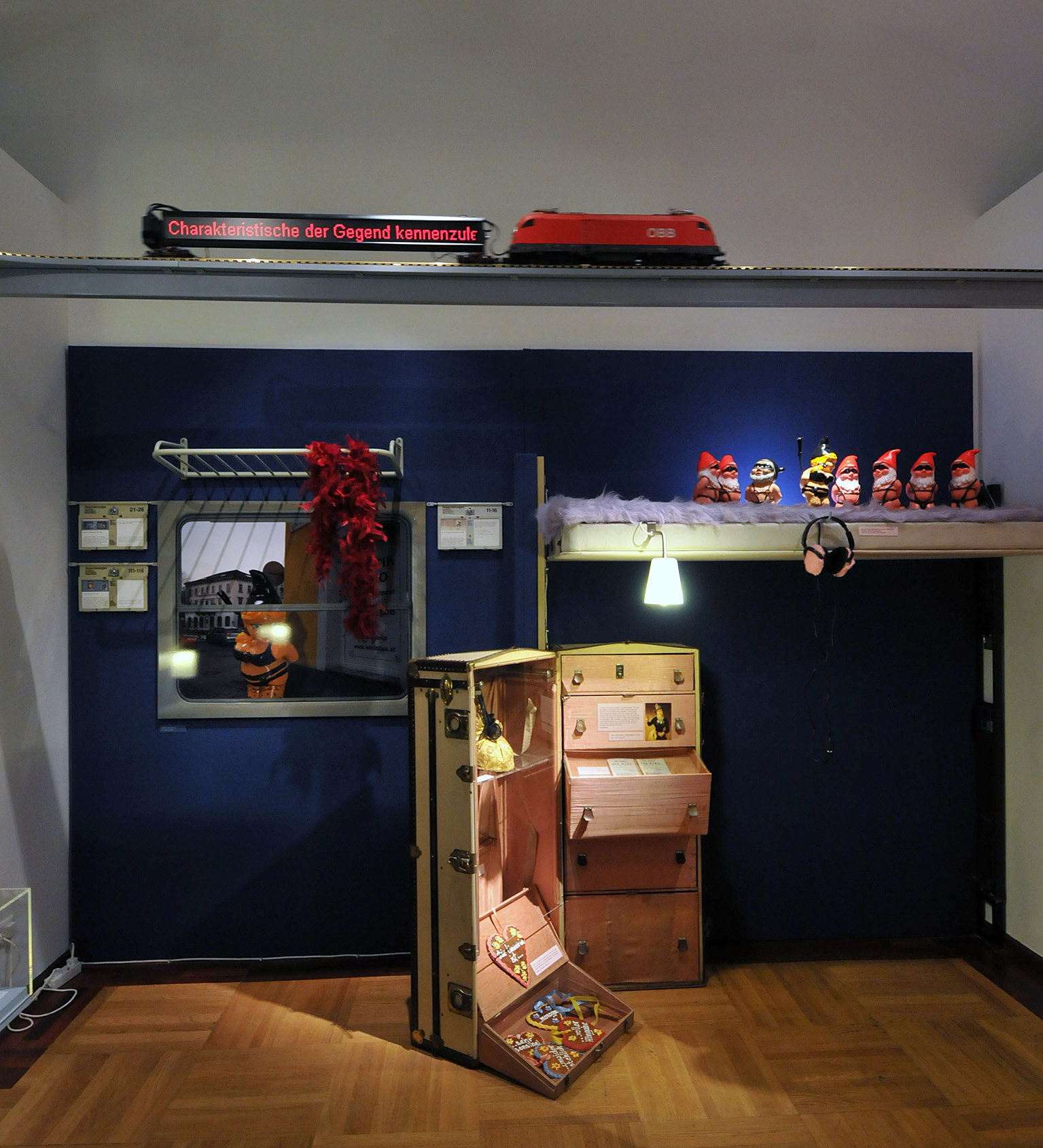 alex groh bilder news infos aus dem web. Black Bedroom Furniture Sets. Home Design Ideas